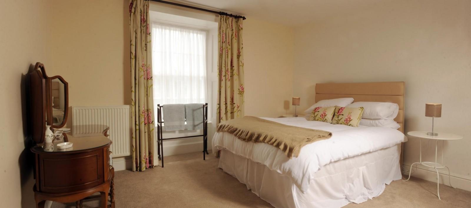 4 bedroom house St Davids