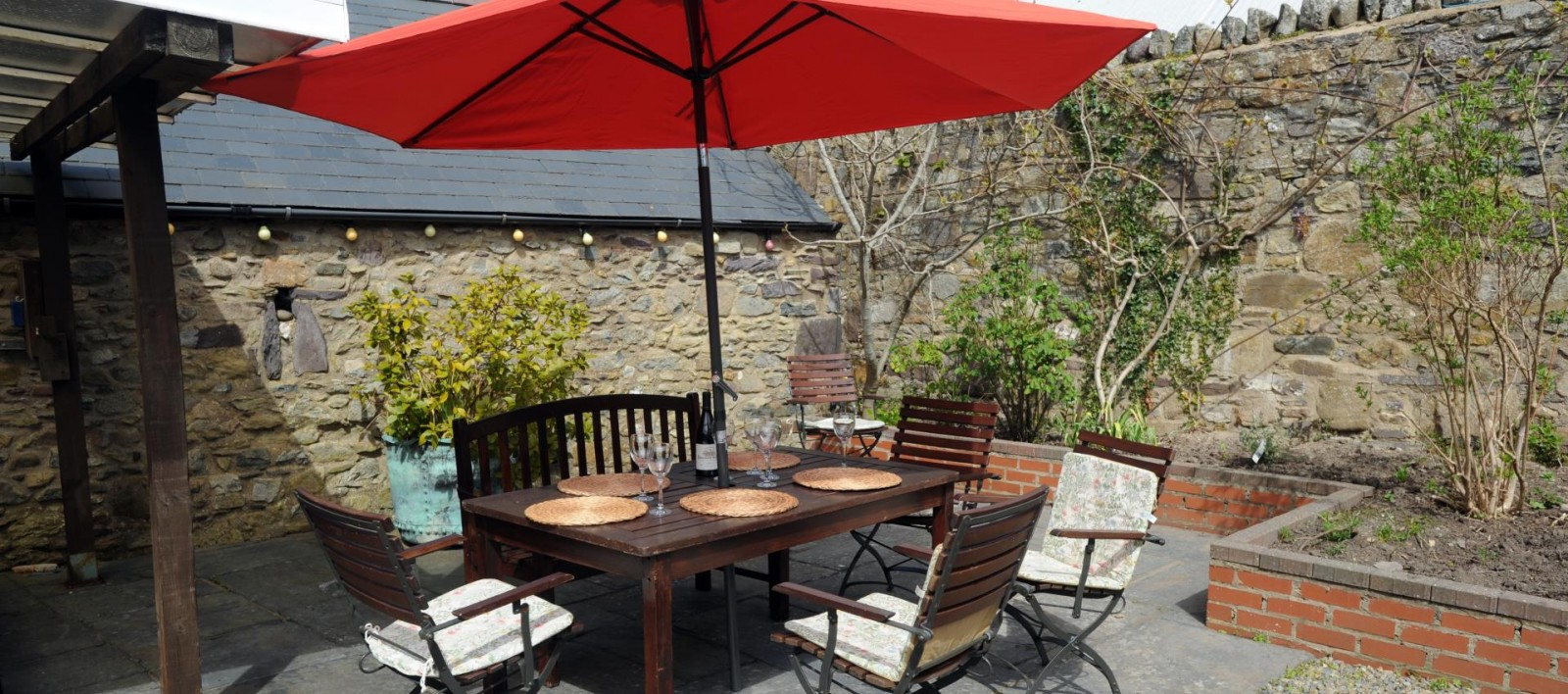 Holiday house with garden pembrokeshire